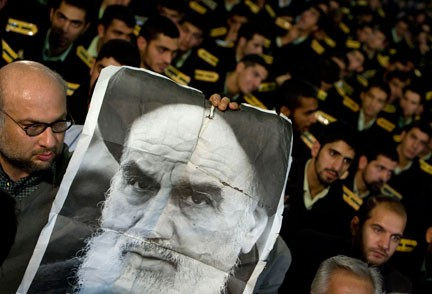 khomeini_432.jpg
