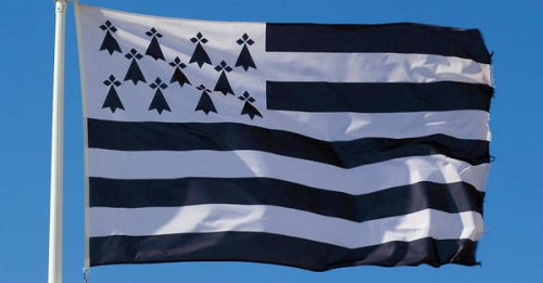 19934869lpw-19934874-article-drapeau-breton-twitter-jpg_6831408_600x314.jpg