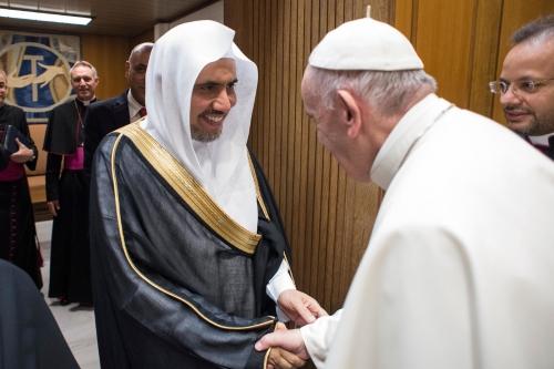 Francois-rencontre-Mohammed-Issa-secretaire-general-Ligue-mondiale-musulmane-Vatican-20-septembre-2017_0_1399_933.jpg