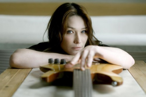 carla-bruni-a-sorti-un-nouvel-album-little.jpg