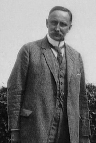 Karl_Haushofer,_circa_1920.jpg