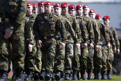 Bundeswehr_Soldaten_Freiwil.jpg