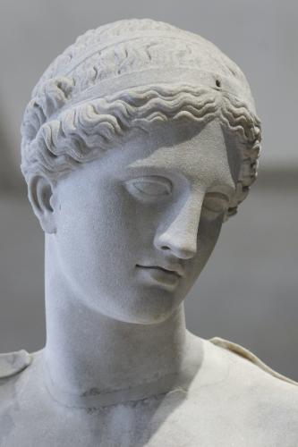Venus_of_Arles_Louvre_Ma439_n08.jpg