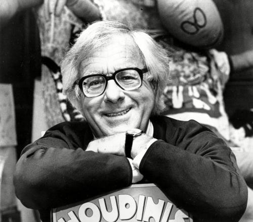 Ray-Bradbury-1982.jpg