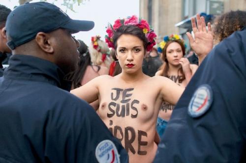 Femina-10-Dossier-Feminisme-00.jpg