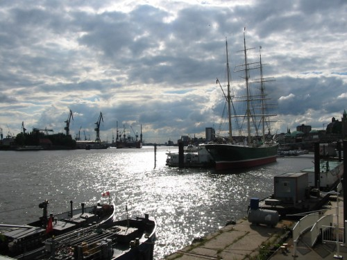 Hamburg_Hafen_Rickmer_Rickmers.jpg