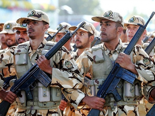 iranian-armed-forces-military-parade-ap-640x480.jpg