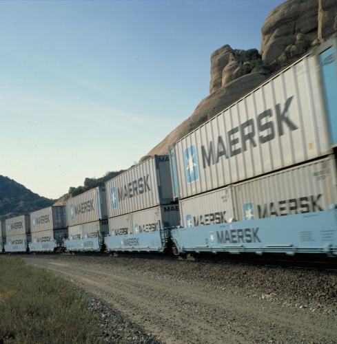 Trains_transport.jpg