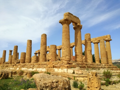 la-vallee-des-temples-agrigente-sicile-73b84264-cfdc-43a1-9675-c085b20df5cd.jpg