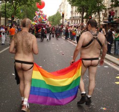 gay_pride2012_vf.jpg