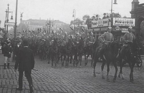 defile-cavalerie-prussienne.jpg