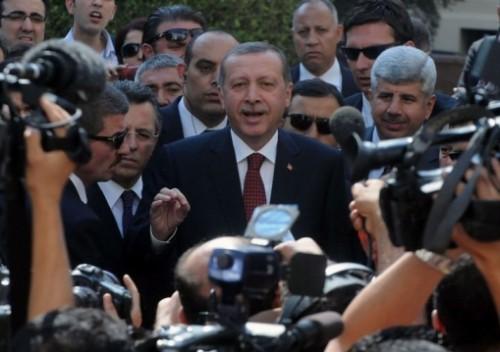 erdogan-accueilli-h-ros-egypte-95668.jpg