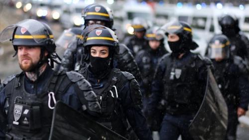870x489_le_prefet_de_la_cote-dor_annonce_larrivee_de_renforts_apres_les_violences_du_weekend.jpg