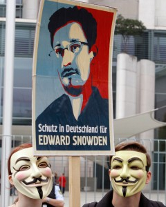edward-snsnowden-supporters-carry.jpg