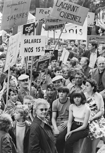ouvriers-ouvrieres-grevistes-reclament-augmentations-salaired-manifestation-24-1968-Paris_1_729_1056.jpg