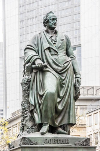 depositphotos_61040693-stock-photo-statue-of-goethe-in-frankfurt.jpg