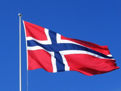 norway-flag-american-flag.jpg