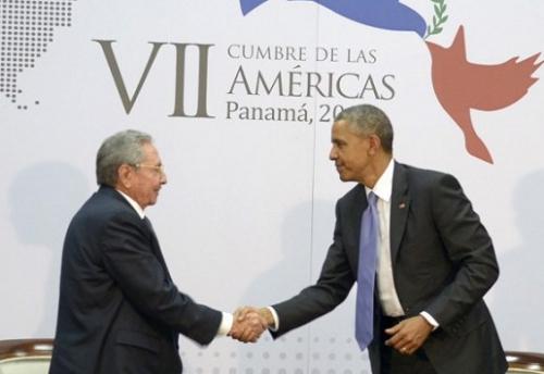 ObamaRaulCastro7eSommetAmeriques11042015EstudiosRevolucion516x356.jpg