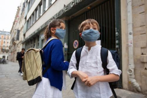 minorite-denfants-accueilliedes-regles-sanitaires-strictes_0_729_486.jpg