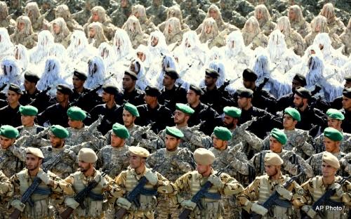 Mideast-Iran-Armed-Fo_Muha.jpg