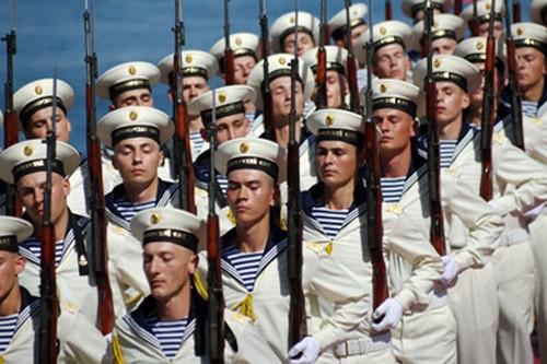 Ukraine_-Gages-diplomatiques-et-economiques-a-la-Russie-par-Mathilde-Goanec.jpg