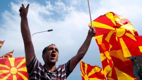 manifestation-antigouvernementale-en-macedoine_5339145.jpg