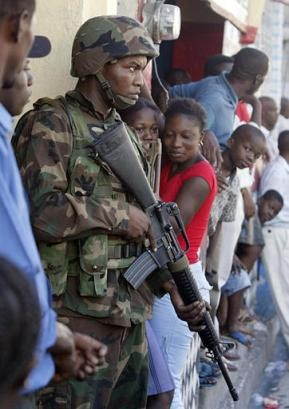 us-solider-in-haiti-2004.jpg
