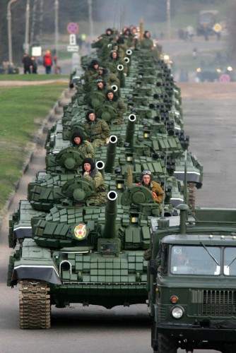minsk_parade_may_2005_1_2.jpg