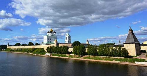 Pskovskij-Krom.jpg