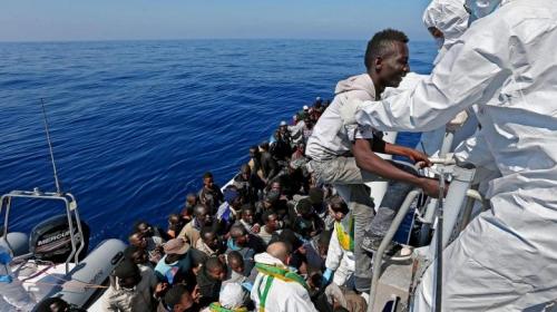 Fluechtlinge-auf-dem-Mittelmeer.jpg