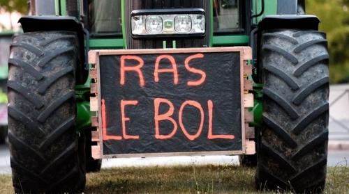 ob_1312dc_eleveurs-agriculteurs.jpg