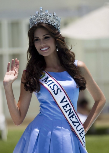 miss-venezuela-a-interet-de-faire-attention.jpg