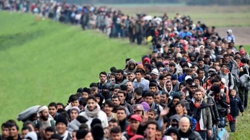 insiderwissen-eu-elite-sagte-voelkerwanderung-und-massenmigration-fuer-2015-exakt-voraus-990x556.jpg