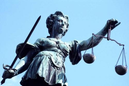 Justice-statut-930x620.jpg