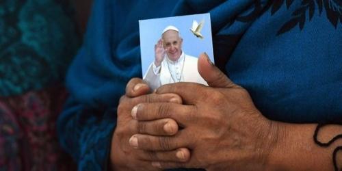 D-ou-viennent-les-expressions-heureux-comme-un-pape-et-se-croire-son-premier-moutardier.jpg