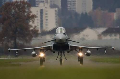 86511_a-eads-eurofighter.jpg
