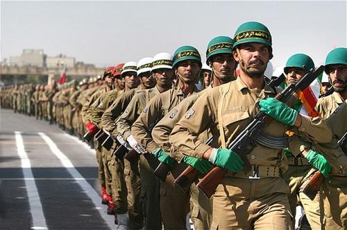 Iranian_Military_parade_September_2007_005.jpg