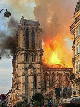 280px-Incendie_Notre_Dame_de_Paris.jpg