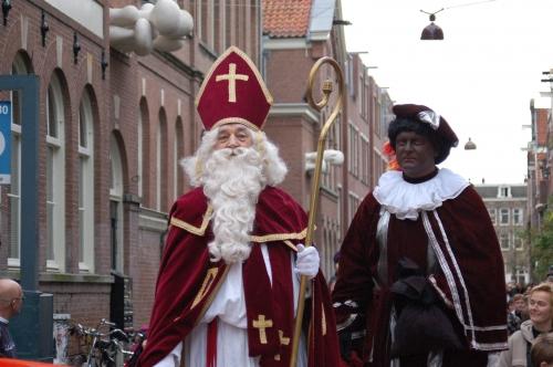 Sinterklaas_zwarte_piet.jpg