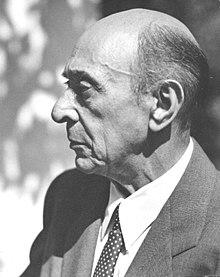 220px-Arnold_Schoenberg_la_1948.jpg