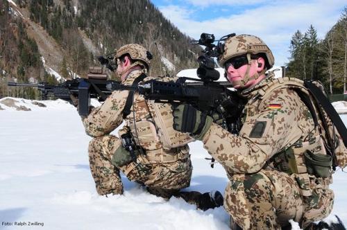 modern_infantry_equipmen.jpg