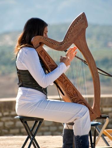 woman-harp.jpg
