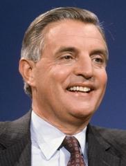 Walter-Mondale-1982.jpg