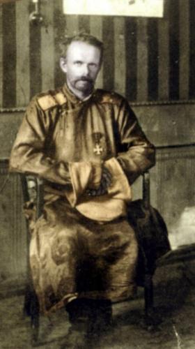 Baron_Freiherr_Roman_Nikolai_Maximilian_von_Ungern-Sternberg_2.png