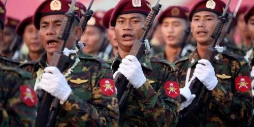 6ca3a7e_gggmy05-myanmar-military-0202-11.JPG