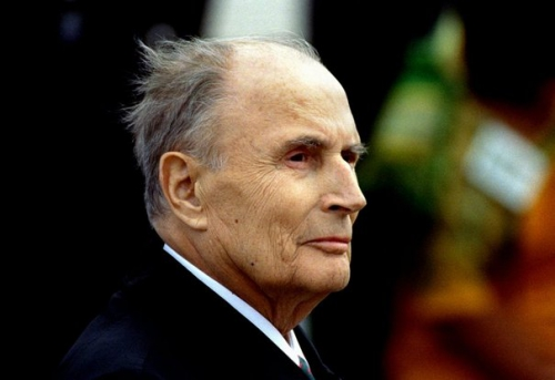 mitterrand-seen-september-20th.jpg