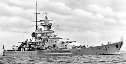 Kriegsmarine-battleship-KMS-Gneisenau-Sea-trials-08.jpg
