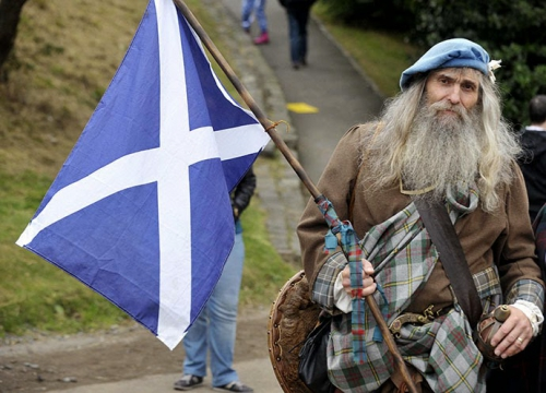 scottish flag old man.jpg