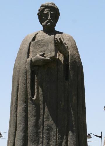 Ibn_Khaldun_Statue.jpg