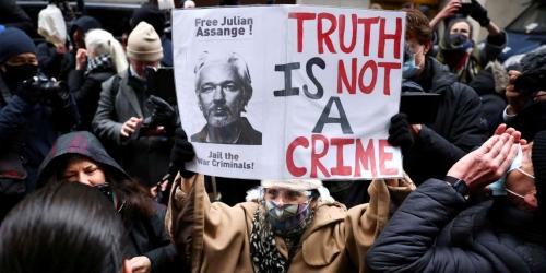 e32778d_fw1-wikileaks-assange-0106-1a.JPG